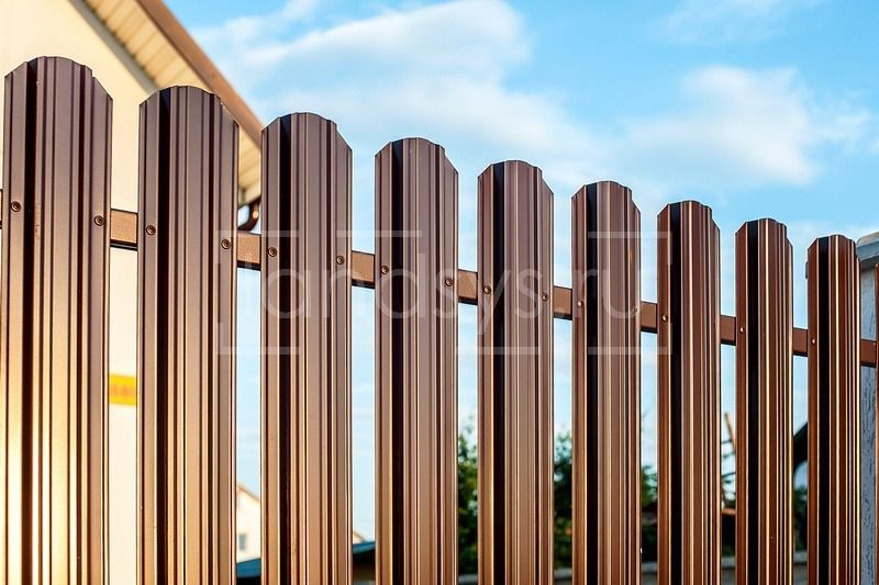 забор из евроштакетника юникс премиум глянцевый