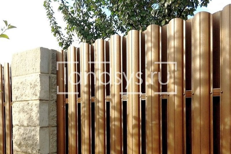 комбинированный забор блоки штакетник